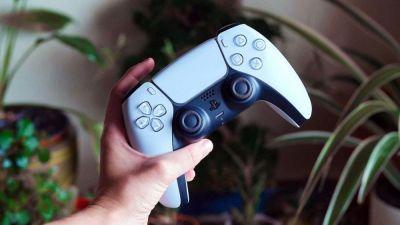 Sony podría estar trabajando en un mando de PlayStation controlado por voz