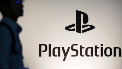 Una nueva y la mas reciente actualización del sistema de la consola PS5 esta disponible y la puedes descargar ya.