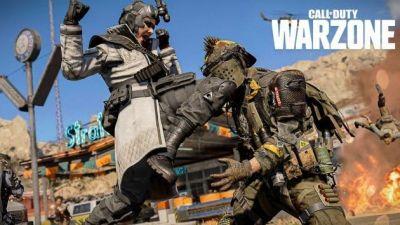 """Los jugadores de Warzone exigen cambios en crossplay ya que los piratas informáticos lo hacen """"injugable"""" Los jugadores de Call of Duty: Warzone quieren que Activision realice cambios importantes en la forma en que funciona el cross-play actualmente debido al creciente número de hackers que se encuentran en los partidos."""