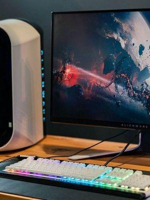 Al menos seis estados de los Estados Unidos prohibieron la venta de PC gamers Alienware, debido a que su alto consumo va en contra de las nuevas leyes de energía.